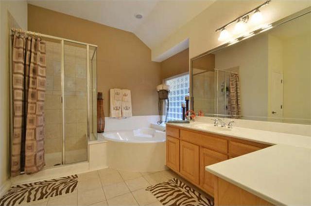 Sold Property | 1906 Moeta Drive Austin, TX 78734 13