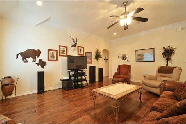 Sold Property | 1906 Moeta Drive Austin, TX 78734 2