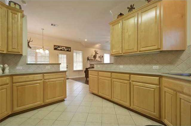 Sold Property | 1906 Moeta Drive Austin, TX 78734 5