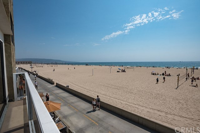 Closed | 638 The Strand Hermosa Beach, CA 90254 7