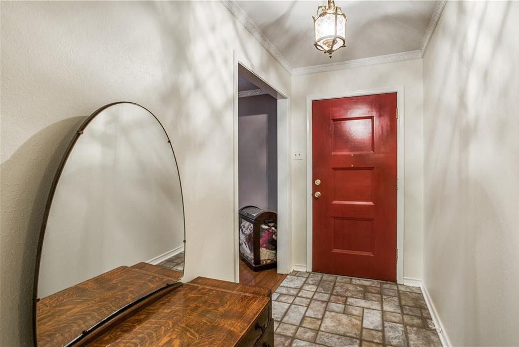 Sold Property | 4627 Creighton Drive Dallas, Texas 75214 2