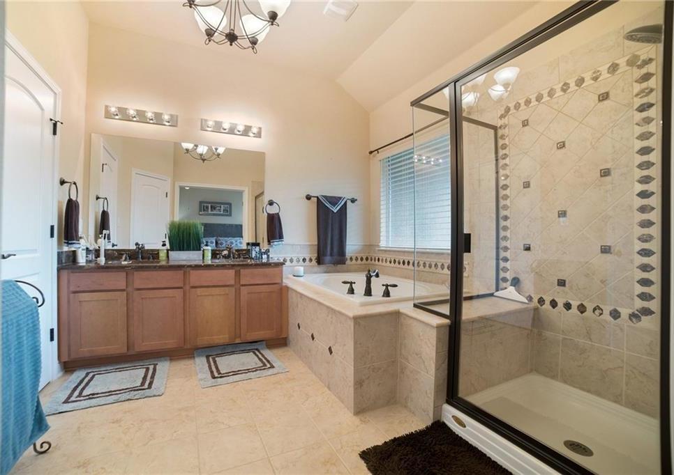 Sold Property | 220 Sunrise Ridge CV #1802 Austin, TX 78738 12