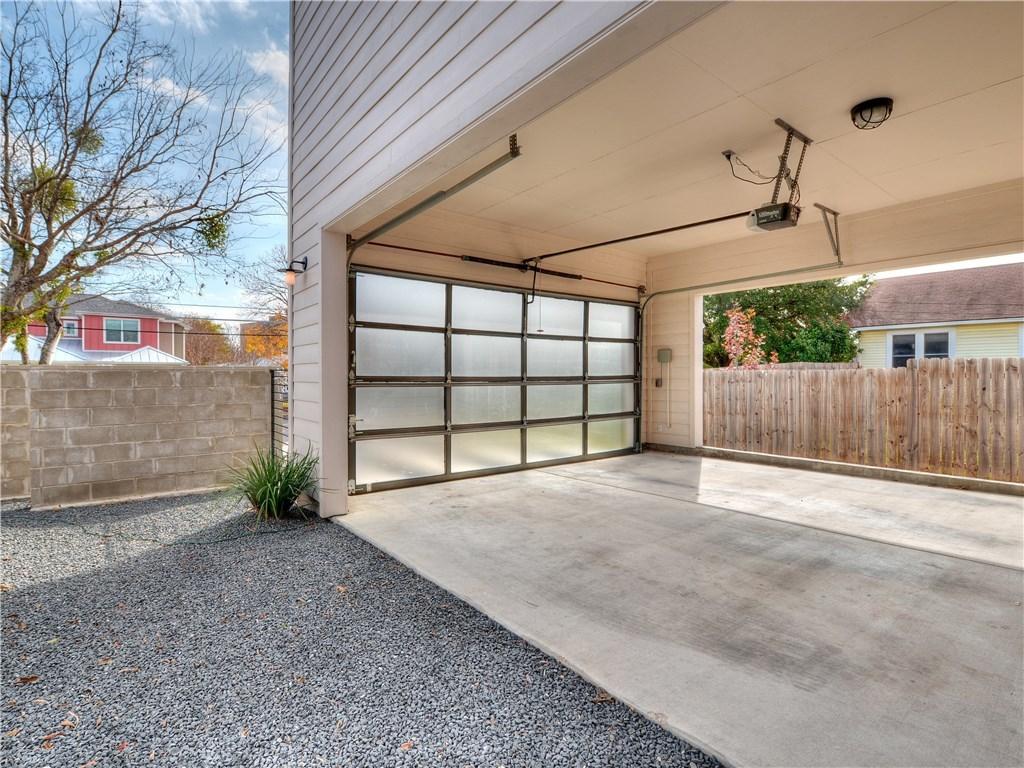 Closed | 5002 Woodrow Avenue Austin, TX 78756 25