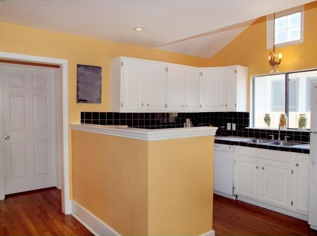 Sold Property | 4312 Avenue G  Austin, TX 78751 6