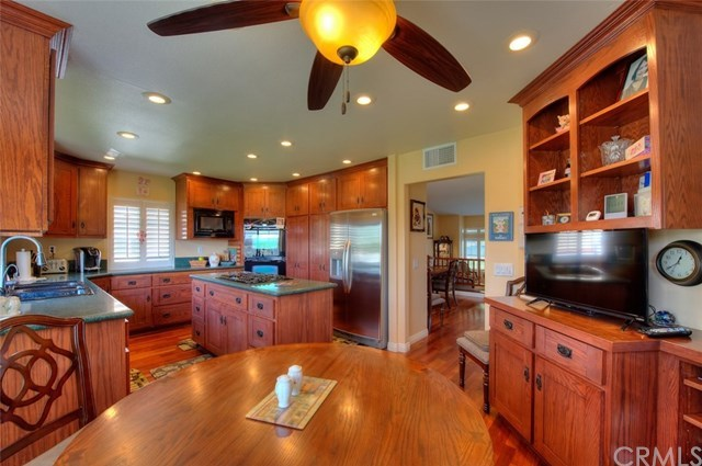Closed   16122 Promontory Road Chino Hills, CA 91709 16