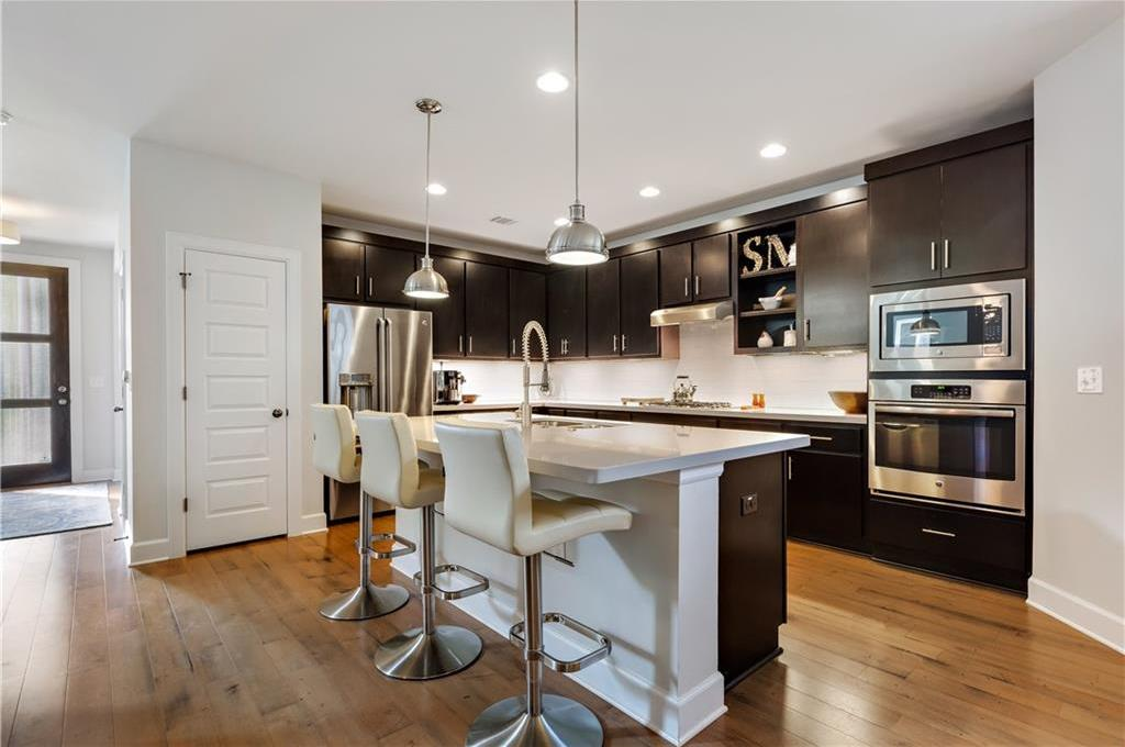 Sold Property | 2510 E 17th ST Austin, TX 78702 13
