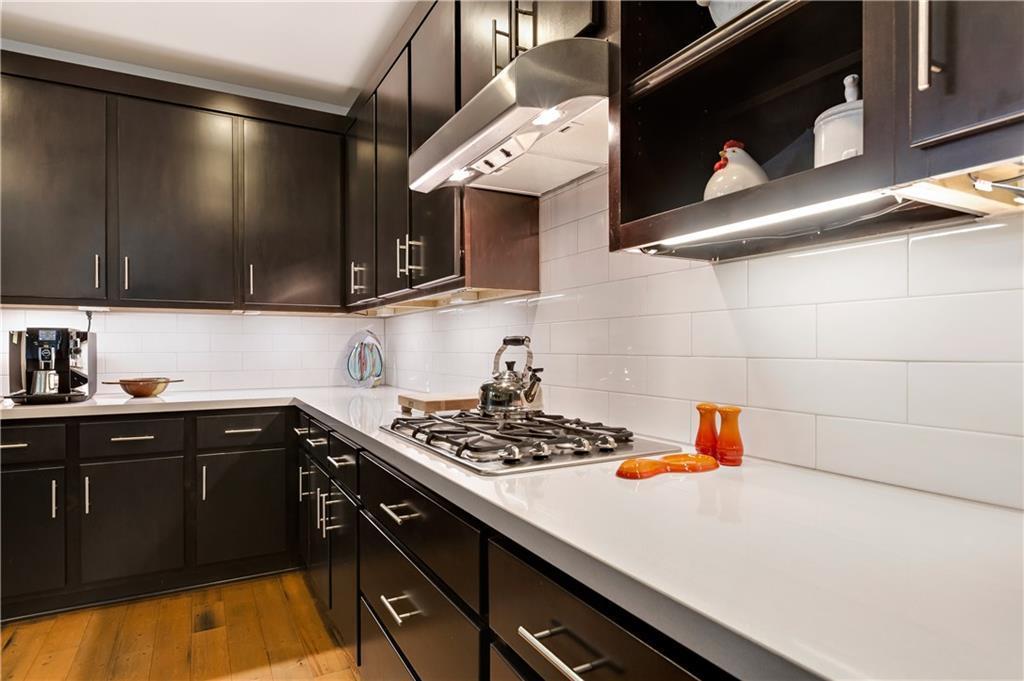Sold Property | 2510 E 17th ST Austin, TX 78702 15