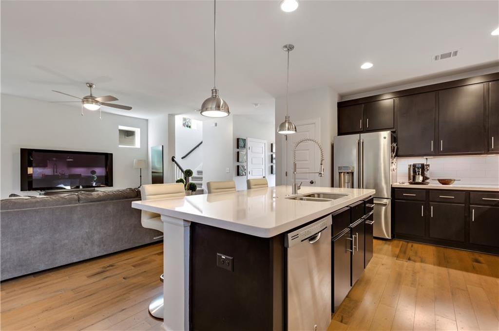 Sold Property | 2510 E 17th ST Austin, TX 78702 17