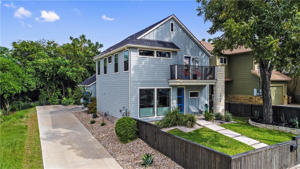 Sold Property | 2510 E 17th ST Austin, TX 78702 3