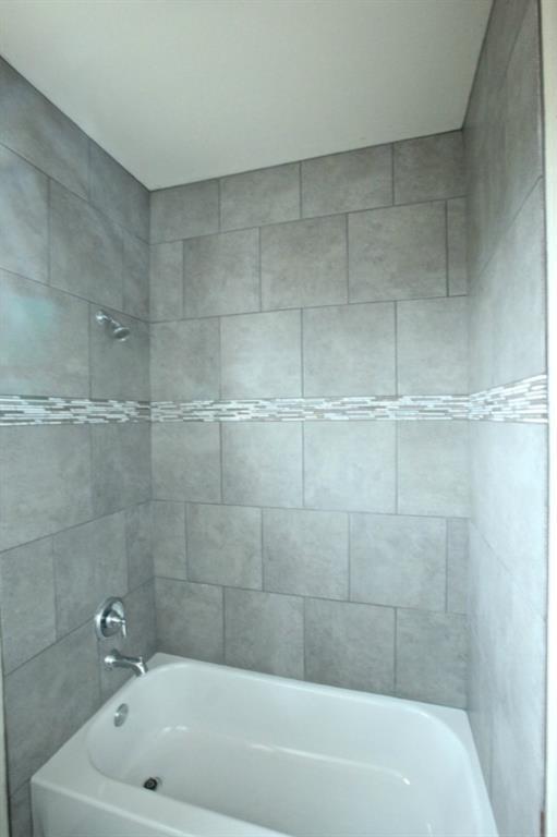 Sold Property   9401 Honeycomb DR Austin, TX 78737 11