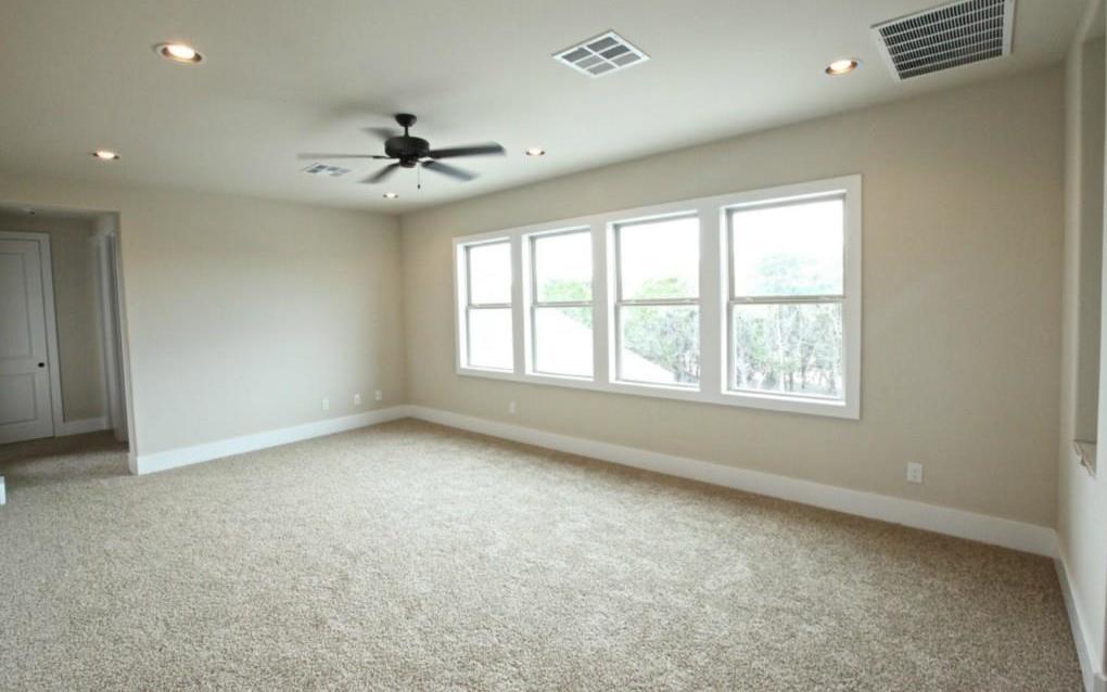 Sold Property   9401 Honeycomb DR Austin, TX 78737 12