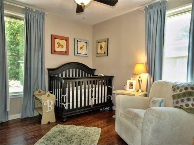 Sold Property | 1206 Aggie Lane Austin, TX 78757 10