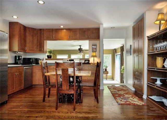 Sold Property | 1206 Aggie Lane Austin, TX 78757 3