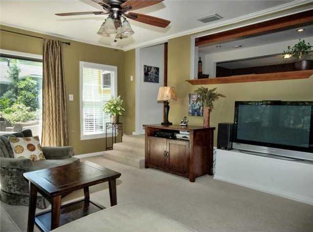 Sold Property | 1206 Aggie Lane Austin, TX 78757 5