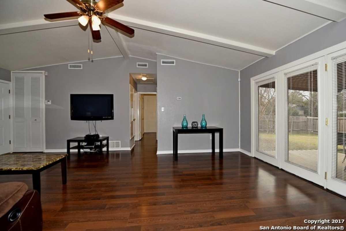 For Sale | 4127 Bunker Hill St San Antonio, TX 78230 14