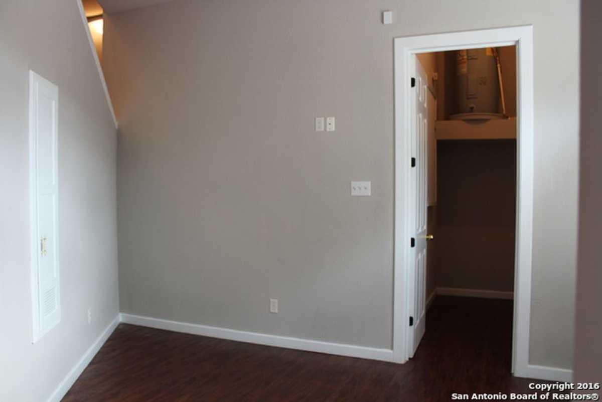 For Sale   217 Caddo San Antonio, TX 78211 15
