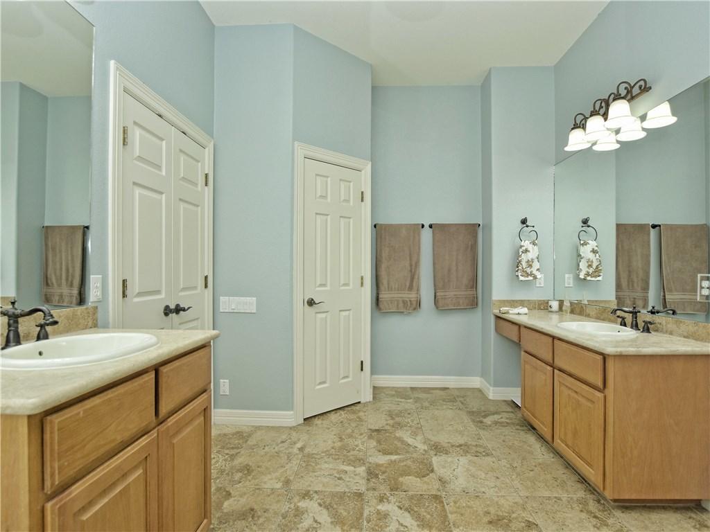 Sold Property   2070 Hawthorne LOOP Driftwood, TX 78619 17