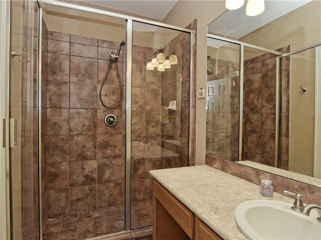 Sold Property   2070 Hawthorne LOOP Driftwood, TX 78619 20