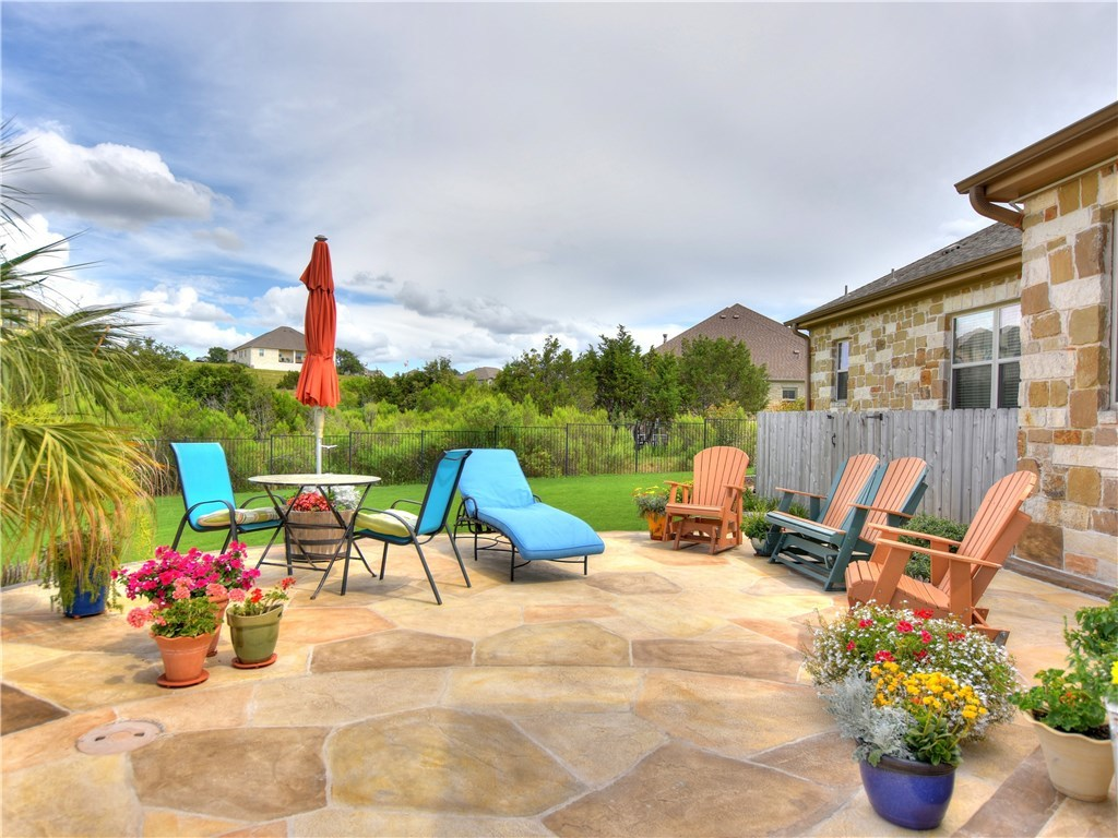 Sold Property   2070 Hawthorne LOOP Driftwood, TX 78619 27