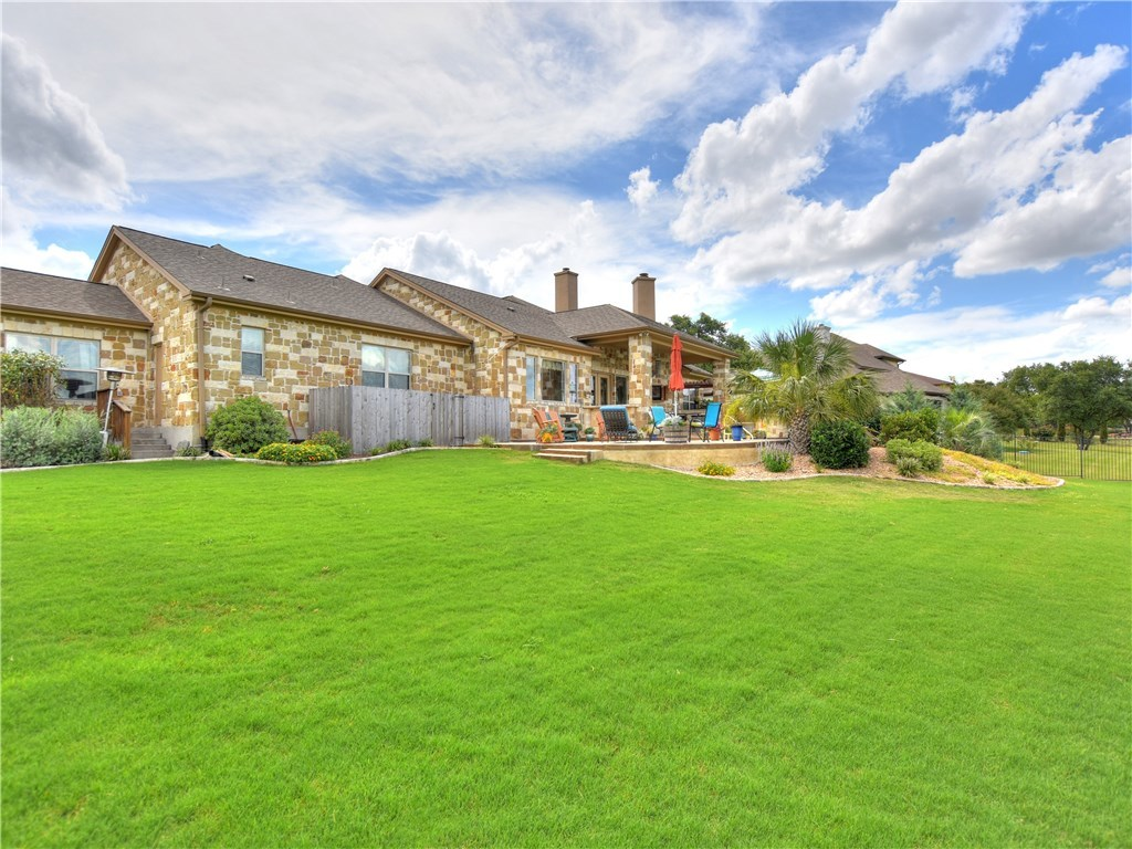 Sold Property   2070 Hawthorne LOOP Driftwood, TX 78619 31