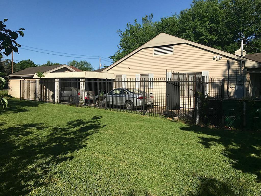 Active | 3817 Anita Street Houston, Texas 77004 5