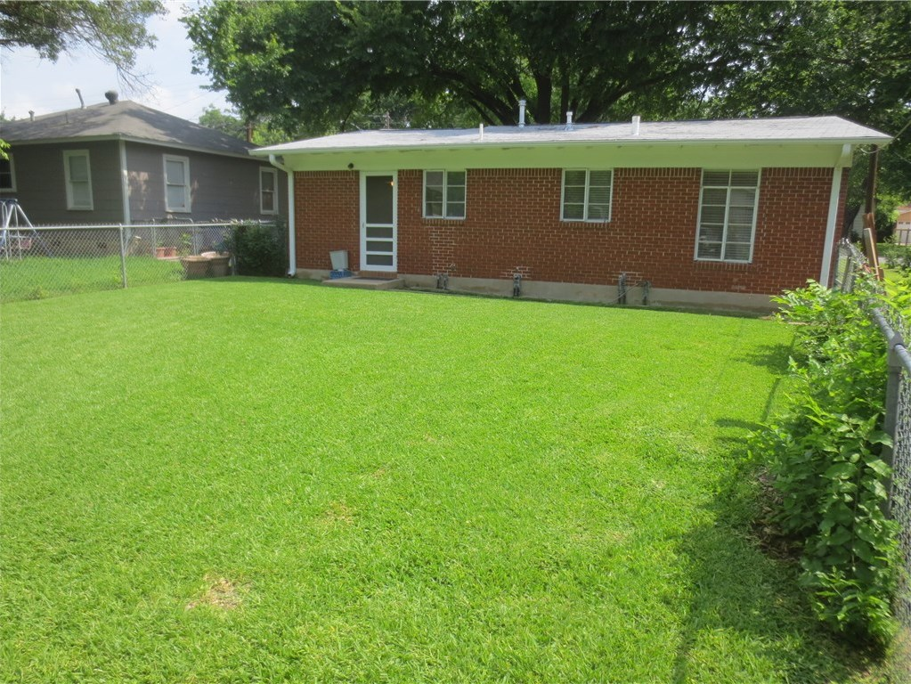 Sold Property | 1221 Madison ave Austin, TX 78757 2