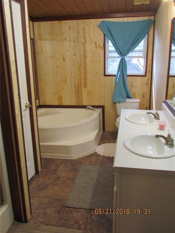 Sold Property | 216 Prairie Trail Rhome, Texas 76078 10