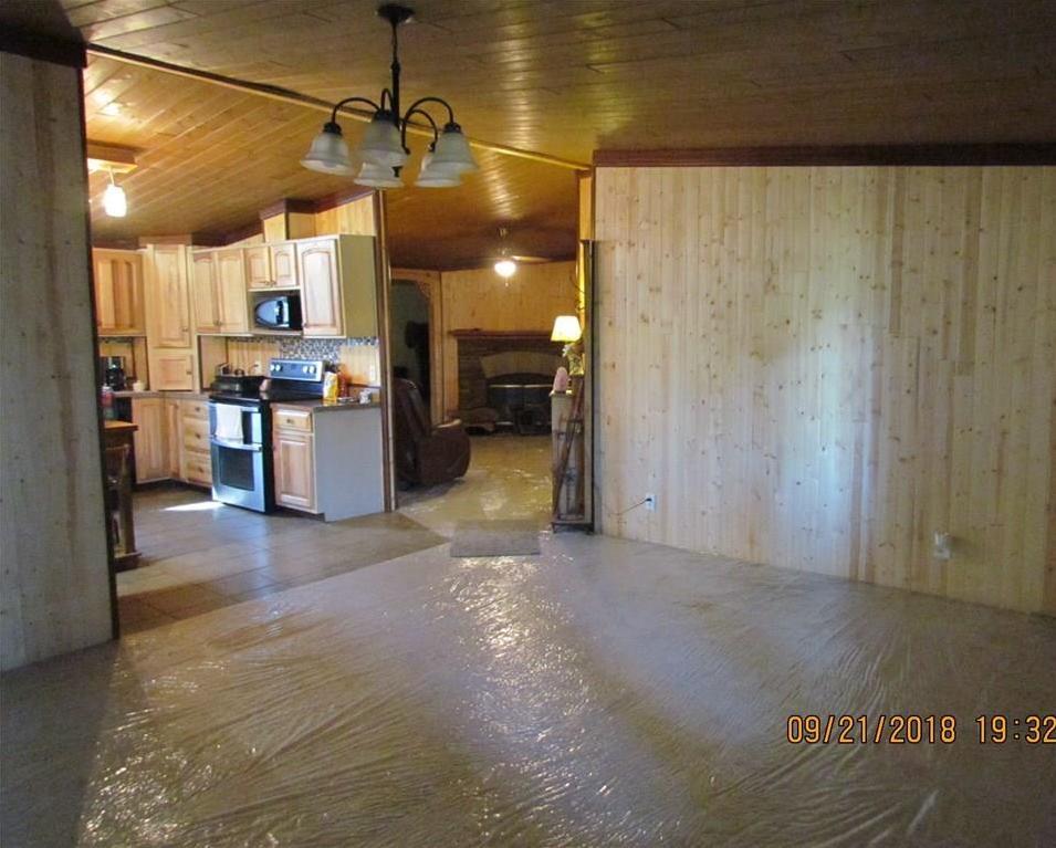 Sold Property | 216 Prairie Trail Rhome, Texas 76078 12