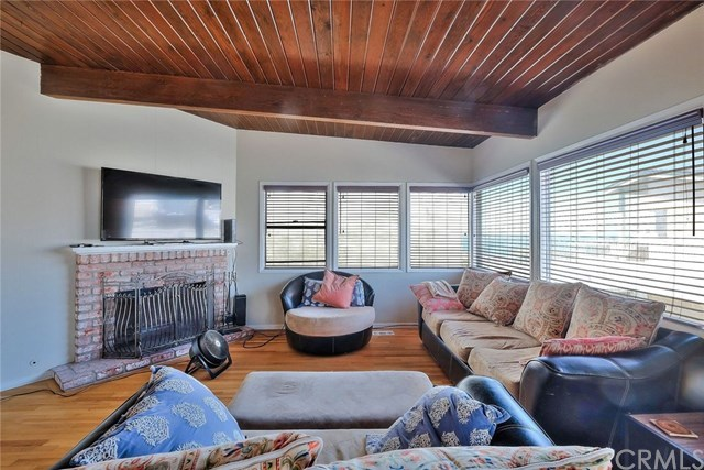 Off Market | 127 16th Street Manhattan Beach, CA 90266 28