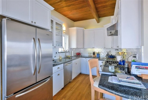 Off Market | 127 16th Street Manhattan Beach, CA 90266 30
