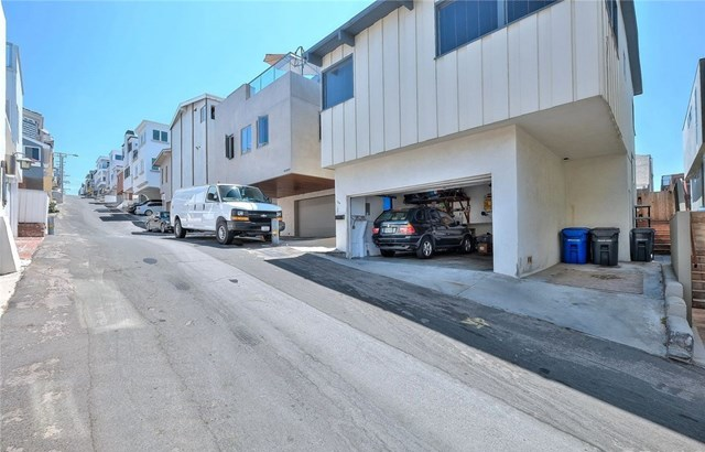 Off Market | 127 16th Street Manhattan Beach, CA 90266 43