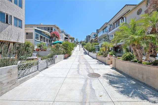 Off Market | 127 16th Street Manhattan Beach, CA 90266 44