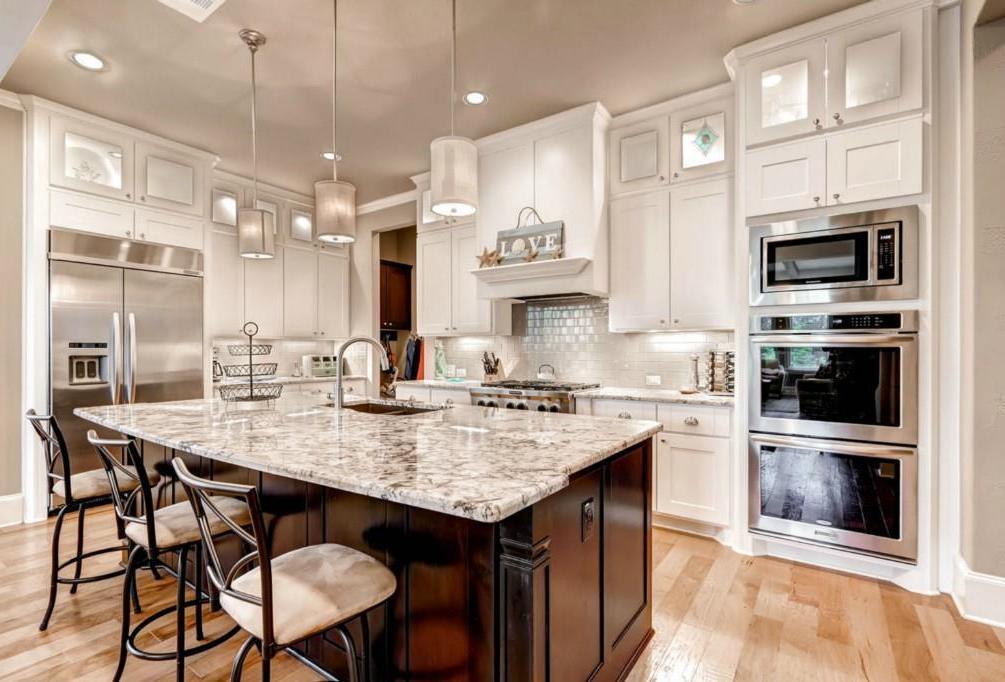 Sold Property | 906 Crestone Stream Drive Lakeway, TX 78738 4