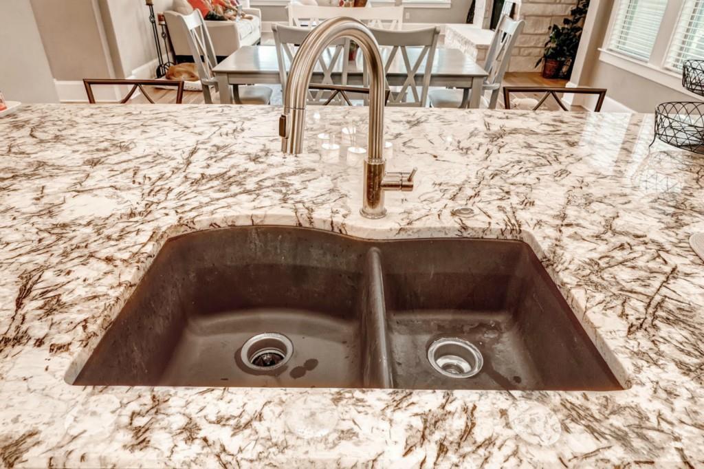 Sold Property | 906 Crestone Stream Drive Lakeway, TX 78738 7