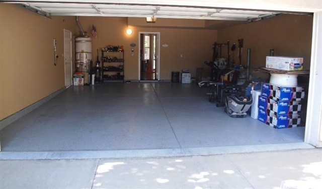 Pending | 725 Manitoba Court Tracy, CA 95304 24