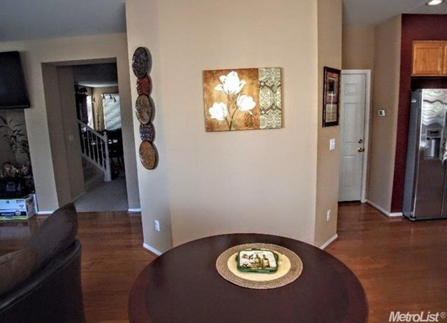 Pending | 725 Manitoba Court Tracy, CA 95304 8
