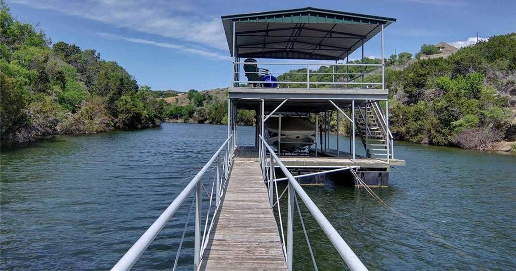 Sold Property | 409 Neeleys Slough Drive Possum Kingdom Lake, Texas 76449 0
