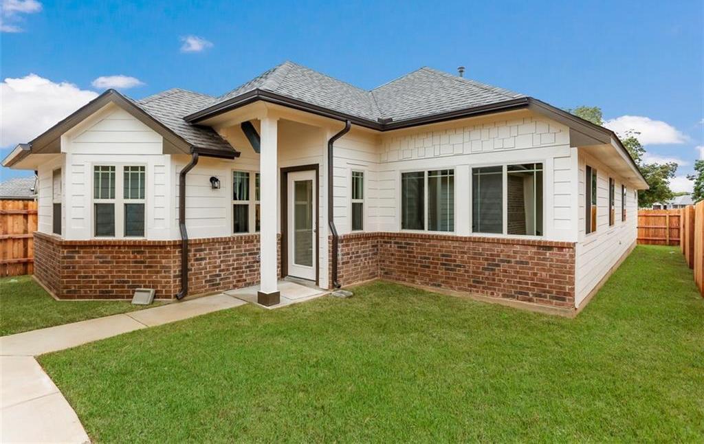 Sold Property   108 Trailstone Drive Bastrop, TX 78602 2