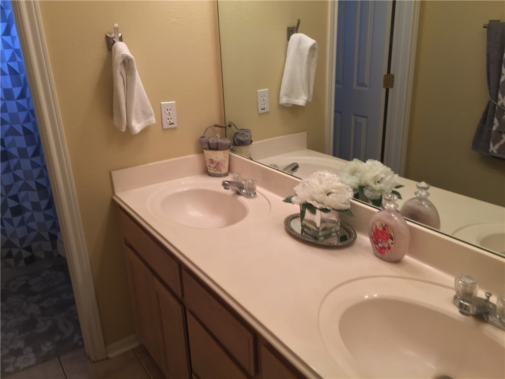 Sold Property   2007 Chaparral Drive Round Rock, TX 78681 18
