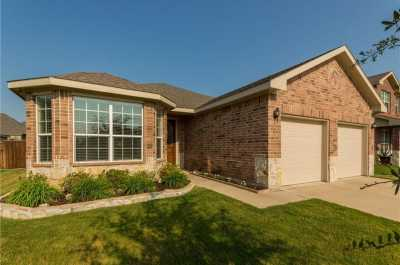 Sold Property | 933 John Kennedy Drive Saginaw, Texas 76179 2