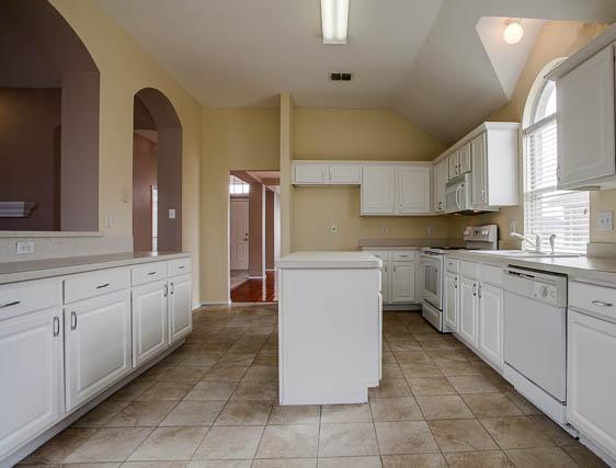 Sold Property | 7700 Geneseo Lane Arlington, Texas 76002 9