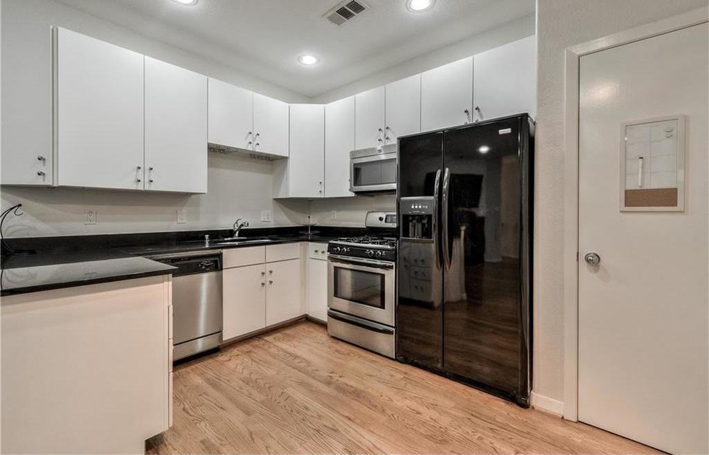 Sold Property | 5803 Ross Avenue #B Dallas, Texas 75206 13