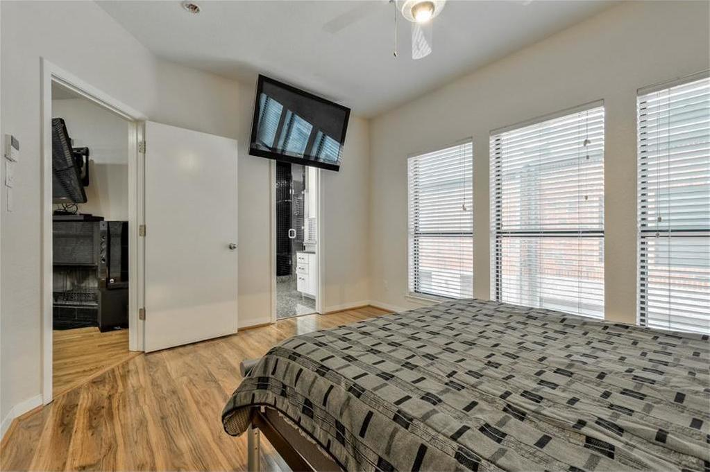 Sold Property | 5803 Ross Avenue #B Dallas, Texas 75206 16