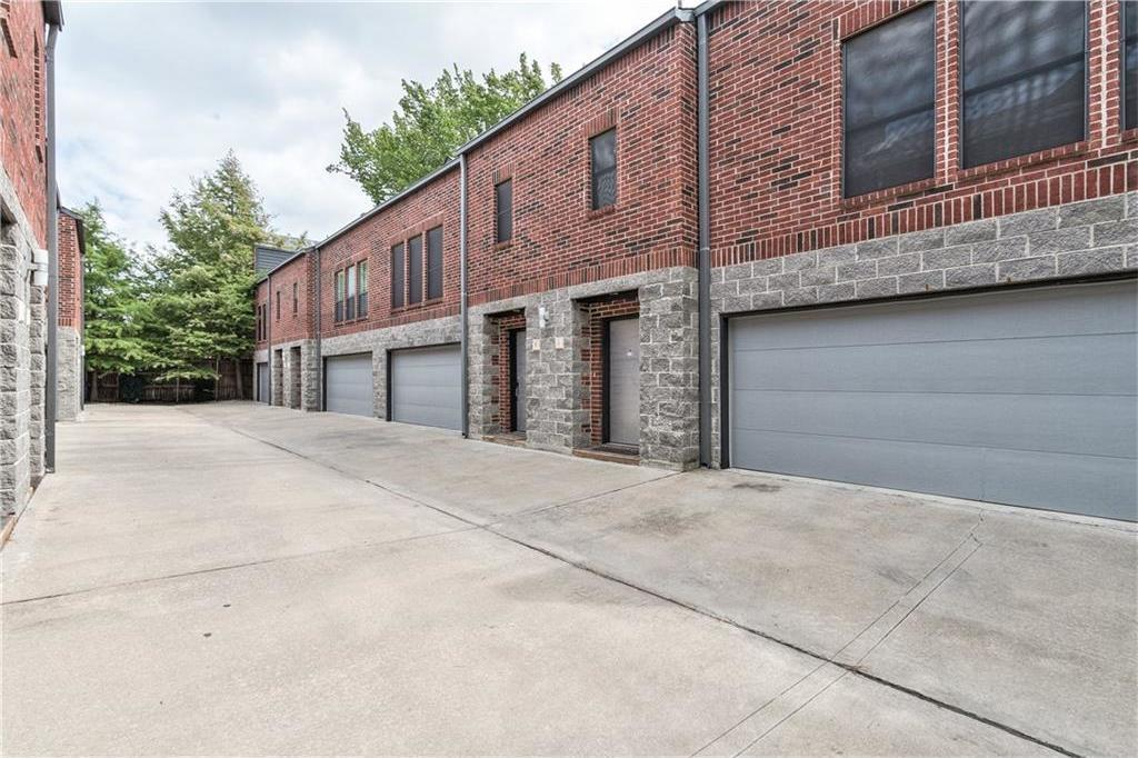 Sold Property | 5803 Ross Avenue #B Dallas, Texas 75206 1