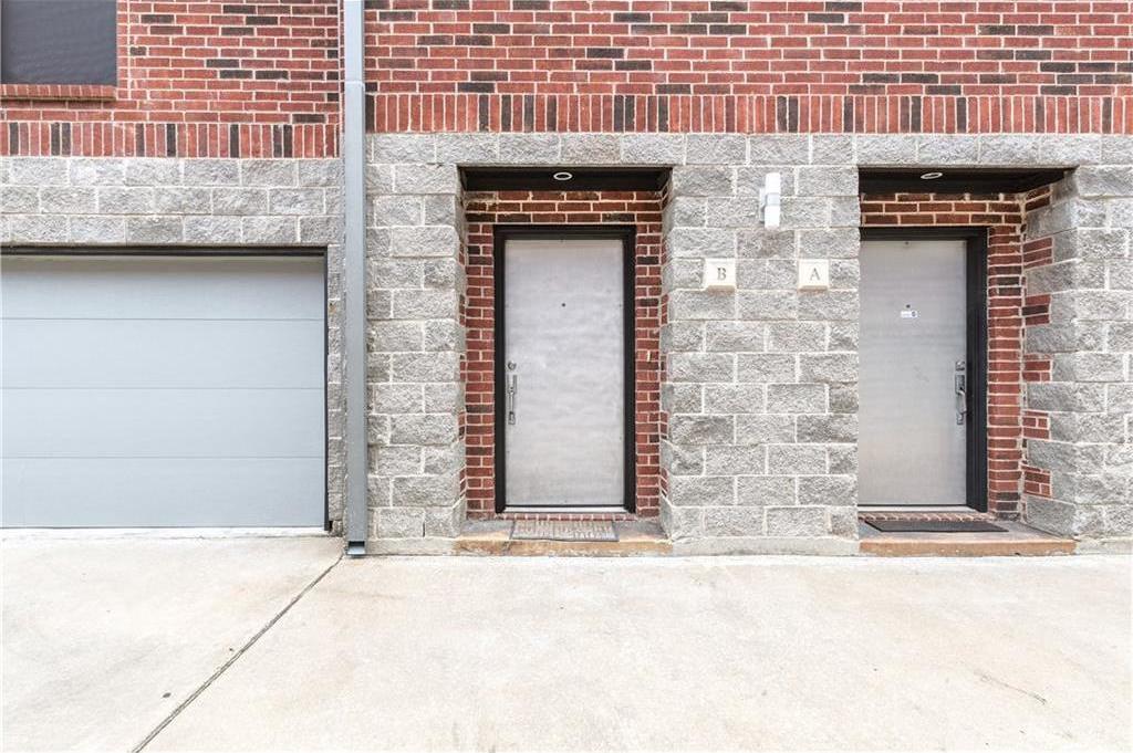 Sold Property | 5803 Ross Avenue #B Dallas, Texas 75206 2
