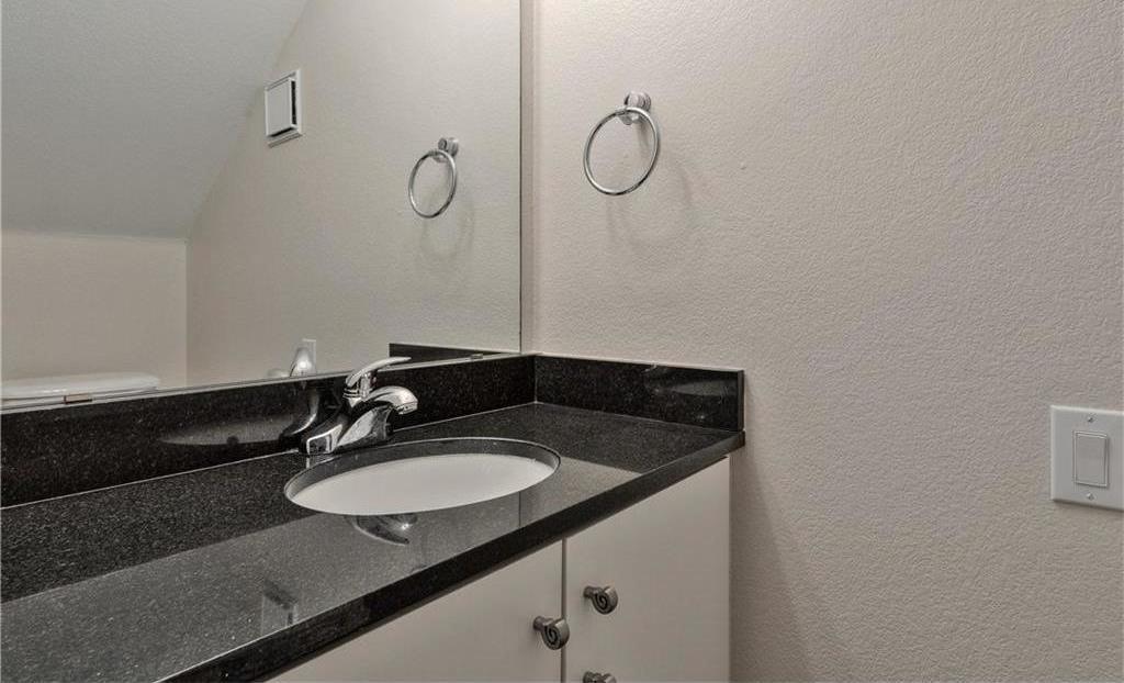 Sold Property | 5803 Ross Avenue #B Dallas, Texas 75206 6