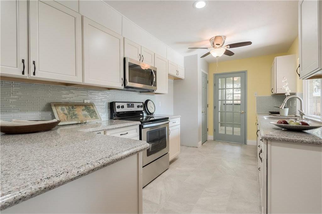 Sold Property | 6002 Green Oaks Drive Plano, Texas 75023 9