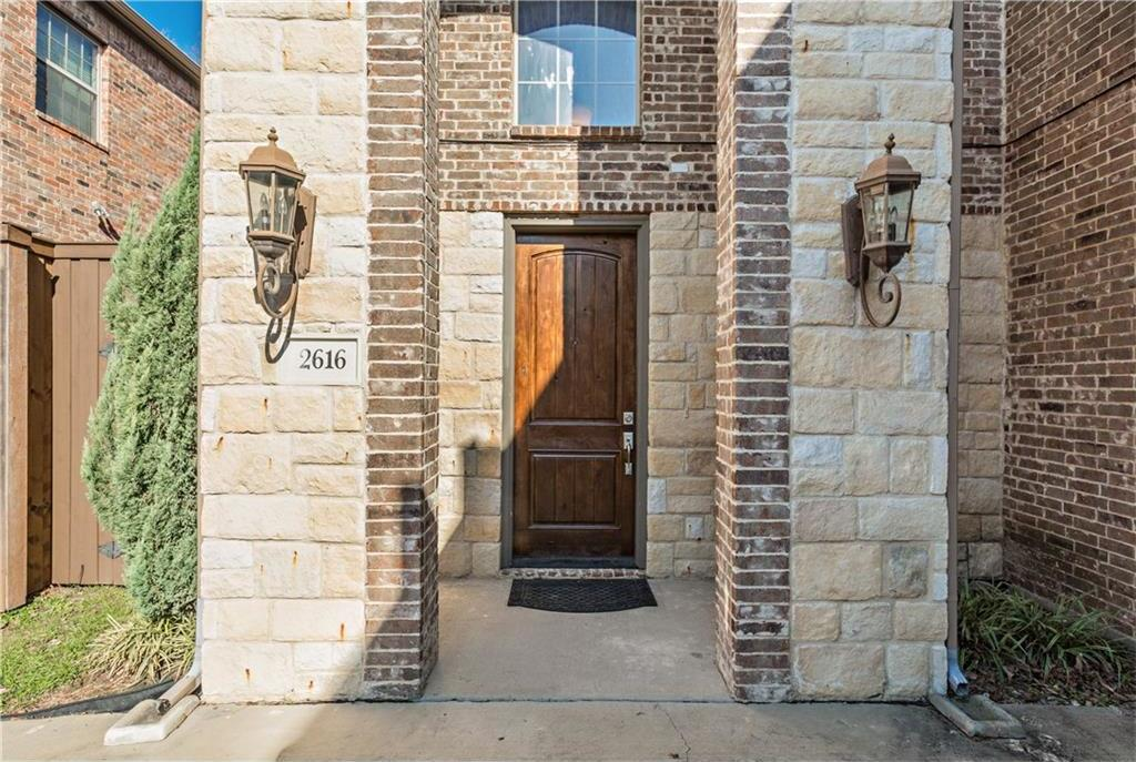 Sold Property | 2616 N Henderson Avenue Dallas, Texas 75206 1