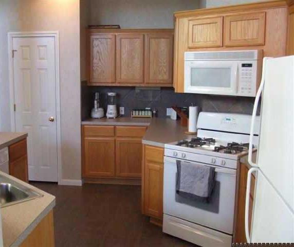 Sold Property | 256 Greenside LN Georgetown, TX 78628 3