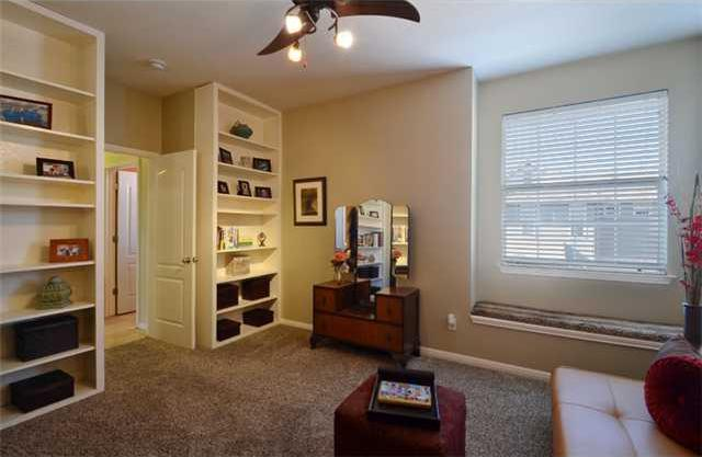 Sold Property | 8518 Cahill Drive #34 Austin, TX 78729 15